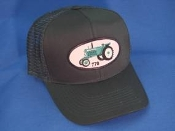 Oliver-770-Tractor-gn-mesh